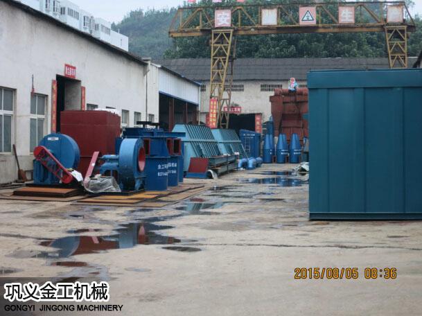 陕西西安陈总选粉机和除尘器发货现场(2)