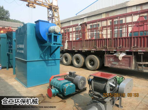 湖北武汉沈先生除尘器、选粉机发货现场(1)